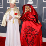 nicki minaj red hood & pope grammys 2012